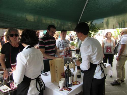CANTINE APERTE ==トスカーナのワインを楽しめるチャンス_c0179785_15271075.jpg