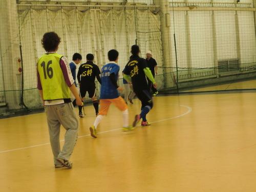 3/29スポーツ交流会(フットサル)_a0143094_10283961.jpg