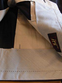 「上質なショートパンツ」&「新型のクールジャケット」 ~ コットン&リネン祭り! 編_c0177259_22353867.jpg