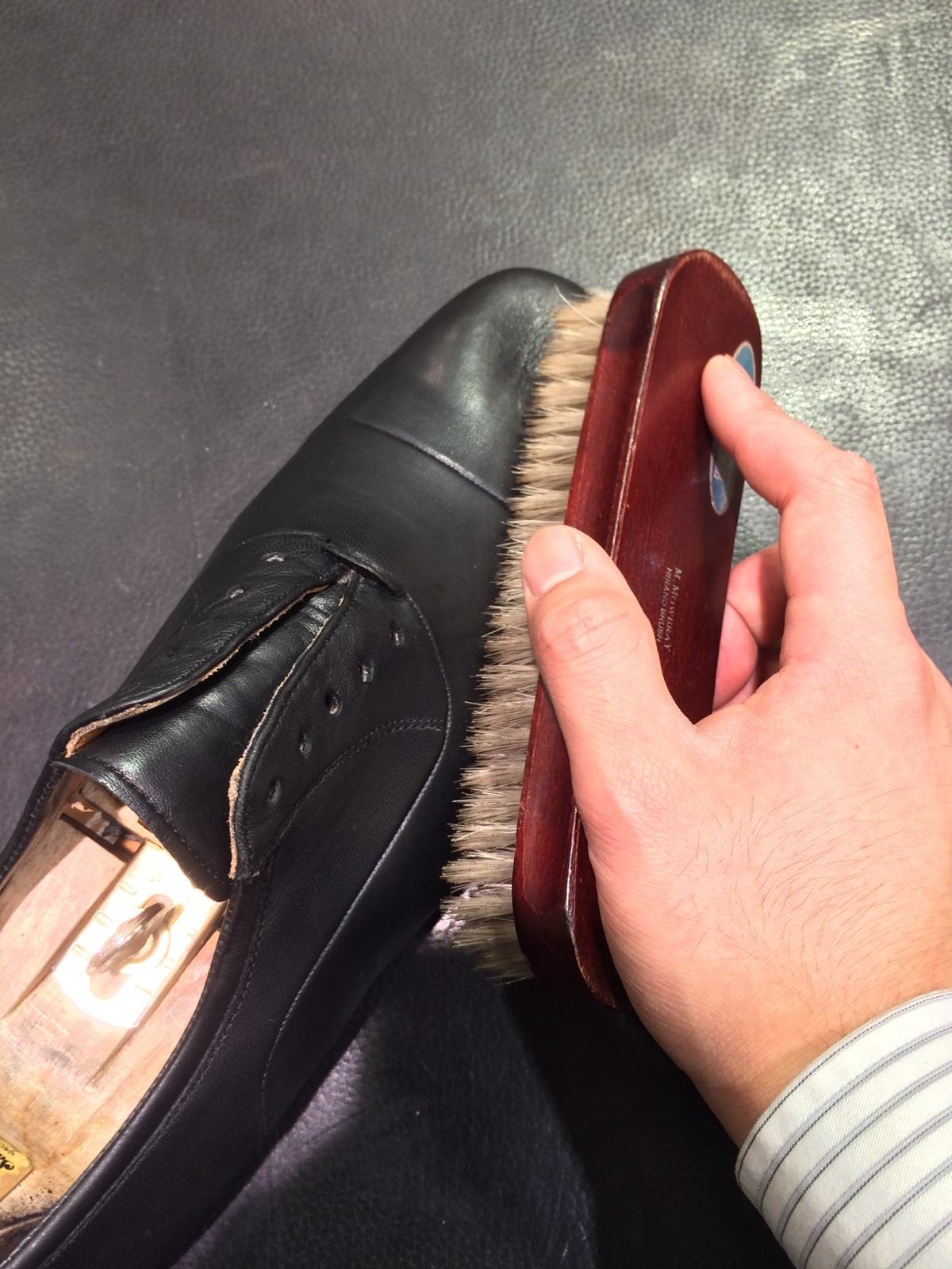 そこそこ履き込んだ靴のお手入れ方法_b0226322_12233428.jpg