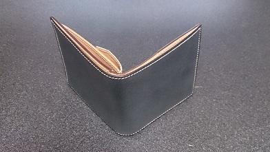 二つ折り財布を買いました 『万双』ブライドルミニ財布【前編】_c0364960_19443243.jpg