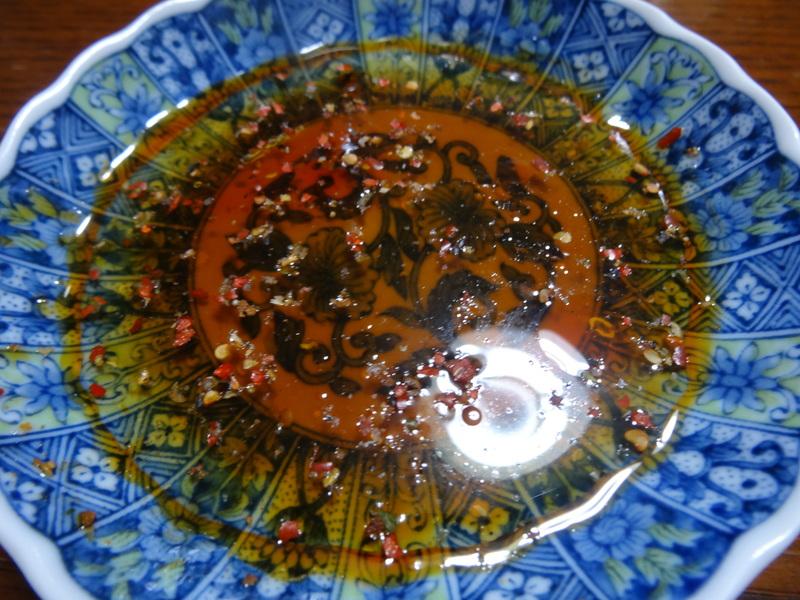 自家製餃子、鰤大根、醤油ラーメン、本鮪大トロ丼、のッぺい汁、焼きそば。スパゲッティーミートソース。_c0225997_1132652.jpg