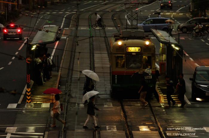 雨の日の夕に_d0309612_23043.jpg