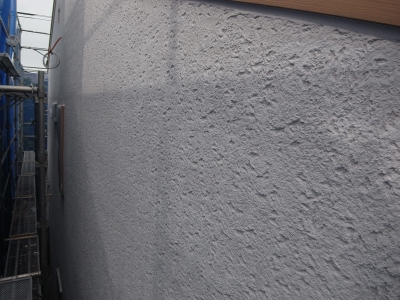最新の外壁仕上げ、無垢の質感を求めて_e0010418_15121394.jpg