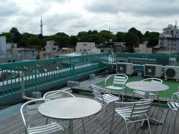 上野には新しいタイプの外客人気ホテルが生まれている_b0235153_17385742.jpg