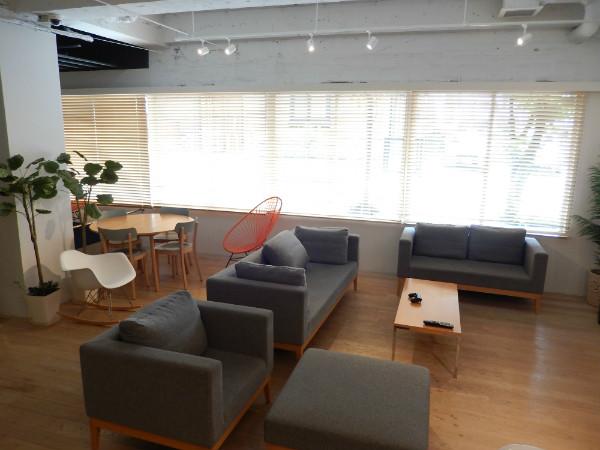 上野には新しいタイプの外客人気ホテルが生まれている_b0235153_17403293.jpg