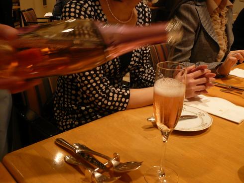 ホテル・西洋銀座のアトーレでランチタイム☆..。.゚。*・。♡ _a0053662_21252111.jpg