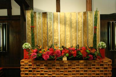 百年蔵 会場装花(花鞠たくさん。)_e0149863_22561832.jpg
