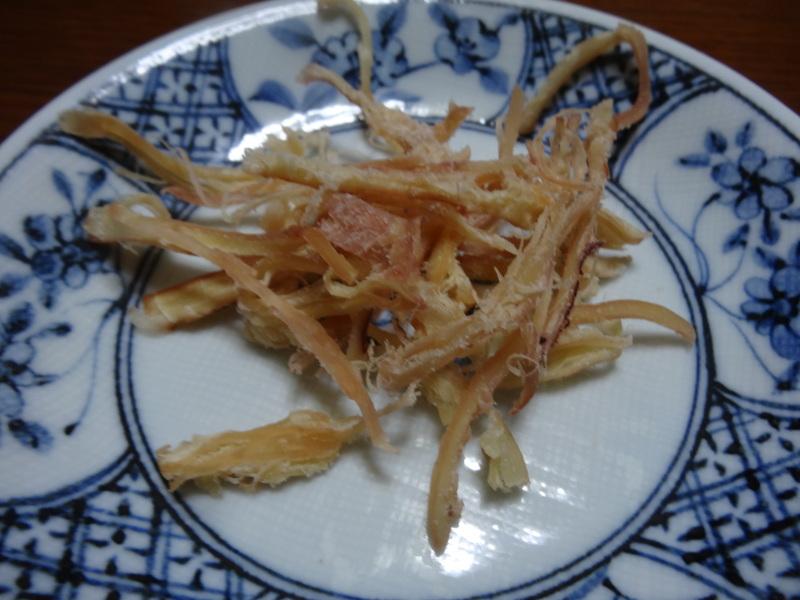 自家製餃子、鰤大根、醤油ラーメン、本鮪大トロ丼、のッぺい汁、焼きそば。スパゲッティーミートソース。_c0225997_0362463.jpg
