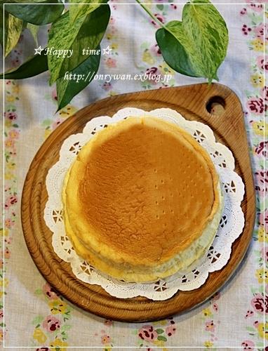 エビチリ弁当とスフレチーズケーキ♪_f0348032_17554397.jpg