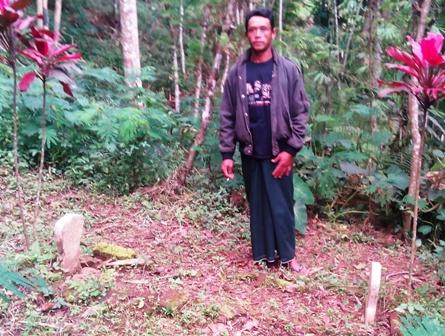 東部ジャワ島旅行(市来竜夫のお墓捜し;その3)_d0083068_17364152.jpg