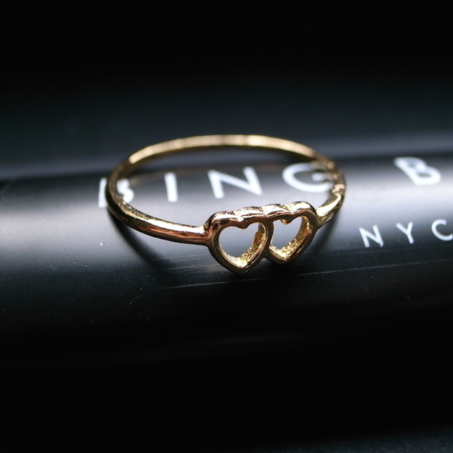 BING BANG JEWELRY TINY LOVED UP RING _f0111683_05402881.jpg