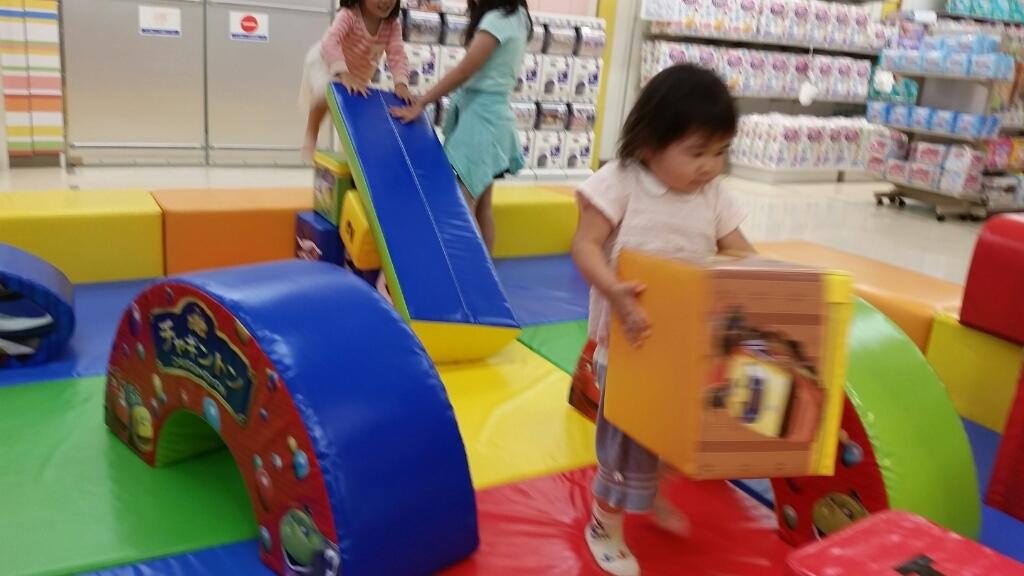 買い物_e0136815_08281687.jpg