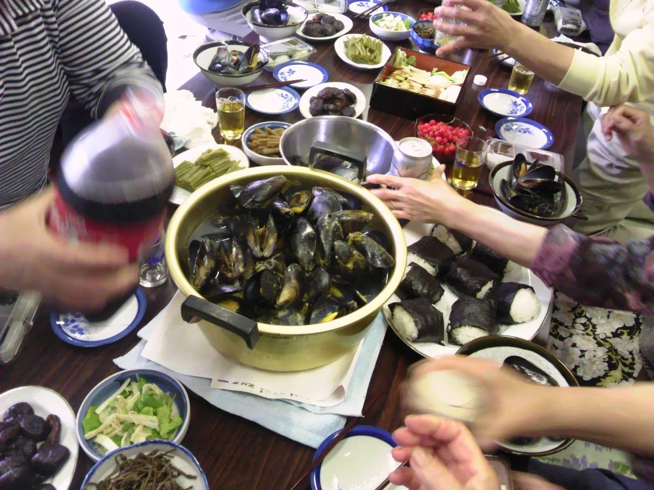 ムラサキ貝(ムール貝)の昼食会_d0206420_103552100.jpg