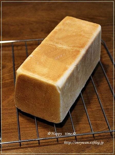 鮭のバター醤油焼き弁当とプルマンブレッド♪_f0348032_19091515.jpg