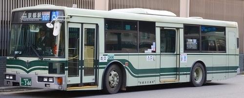 京都市交通局の富士7E_e0030537_00365477.jpg