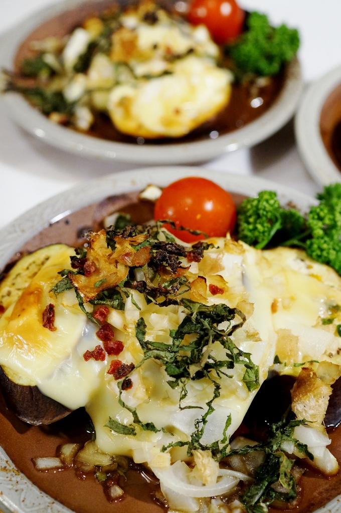 簡単!美味しい!【カリカリドライ梅乗せ 茄子のチーズ焼き】Meijiさんのスライスチーズモニターです♪_b0033423_16471889.jpg