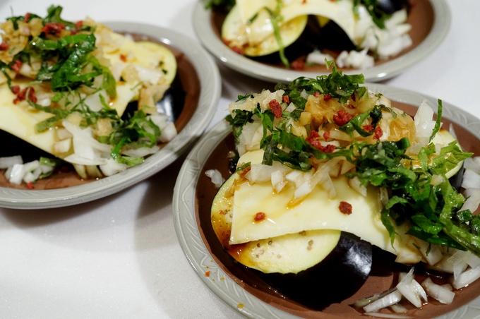 簡単!美味しい!【カリカリドライ梅乗せ 茄子のチーズ焼き】Meijiさんのスライスチーズモニターです♪_b0033423_1854954.jpg