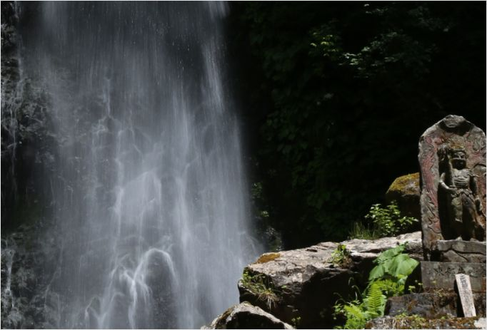 雨滝_a0256349_8422856.jpg