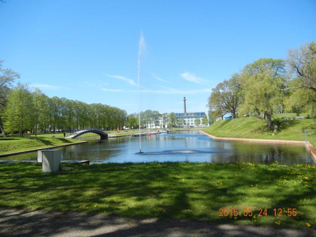 '15,6,9(火)エストニアのパルヌの荘園!_f0060461_10575254.jpg