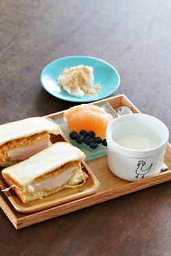 夫 朝ごはん 35 サンドイッチ練習中⑥_b0048834_835830.jpg
