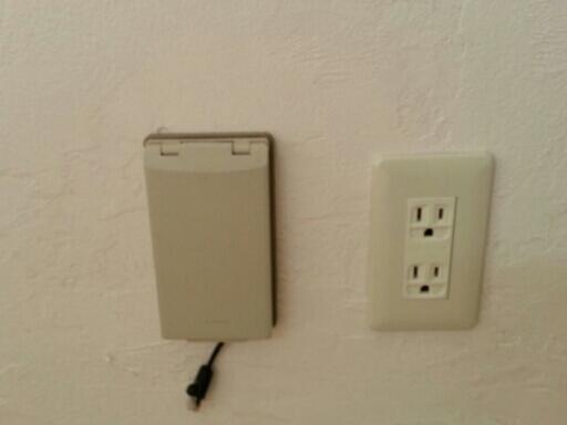 個室の増築工事・・・電気製品の取り付け_c0330749_20384763.jpg