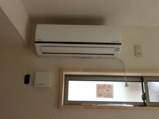 個室の増築工事・・・電気製品の取り付け_c0330749_20404153.jpg