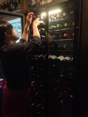新しいワインセラー登場!_e0092612_2116478.jpg