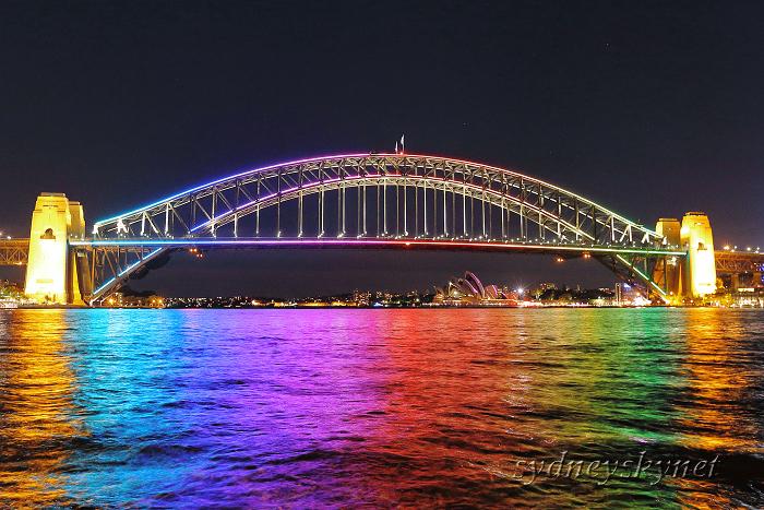 vivid sydney 2015 ~4~ Harbour Bridge_f0084337_10325961.jpg