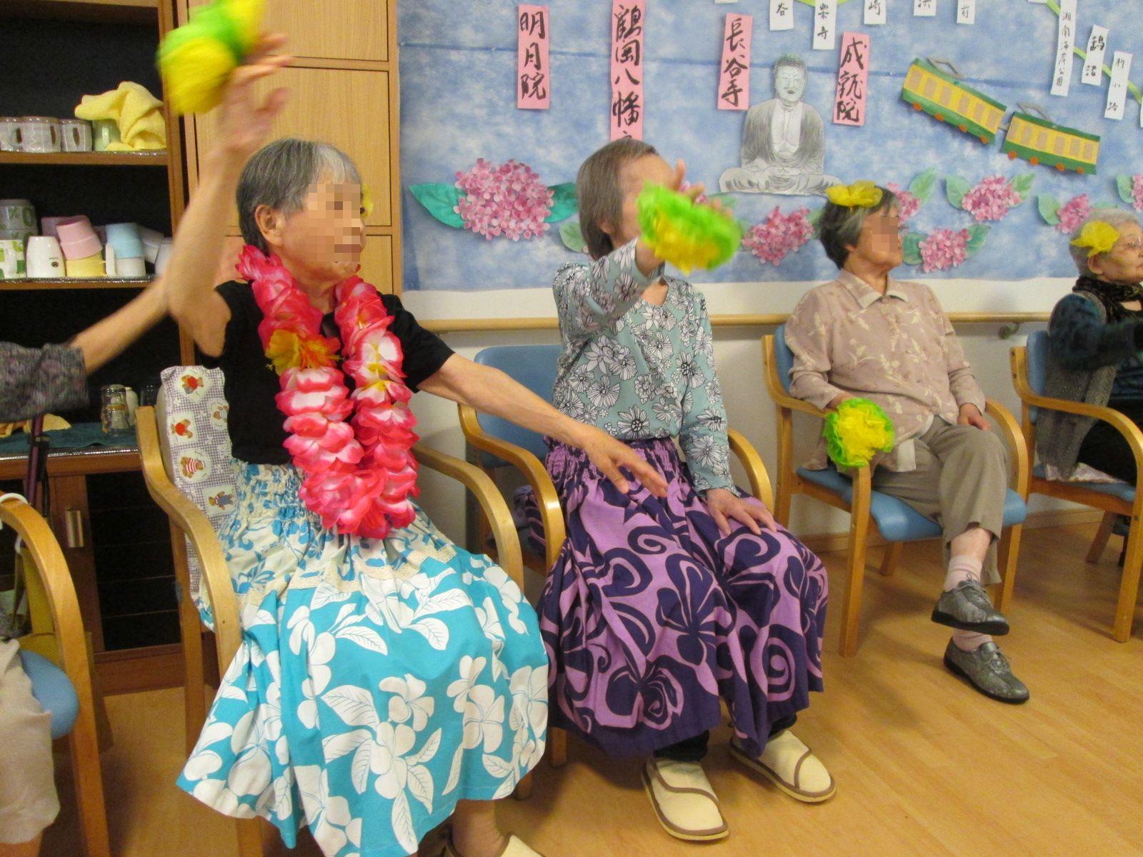 フラダンス教室&音楽会_a0135191_1514729.jpg