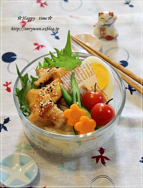 テリチキ丼弁当♪_f0348032_19111101.jpg
