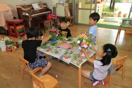 子どもの日・花の日礼拝_f0324461_22002720.jpg