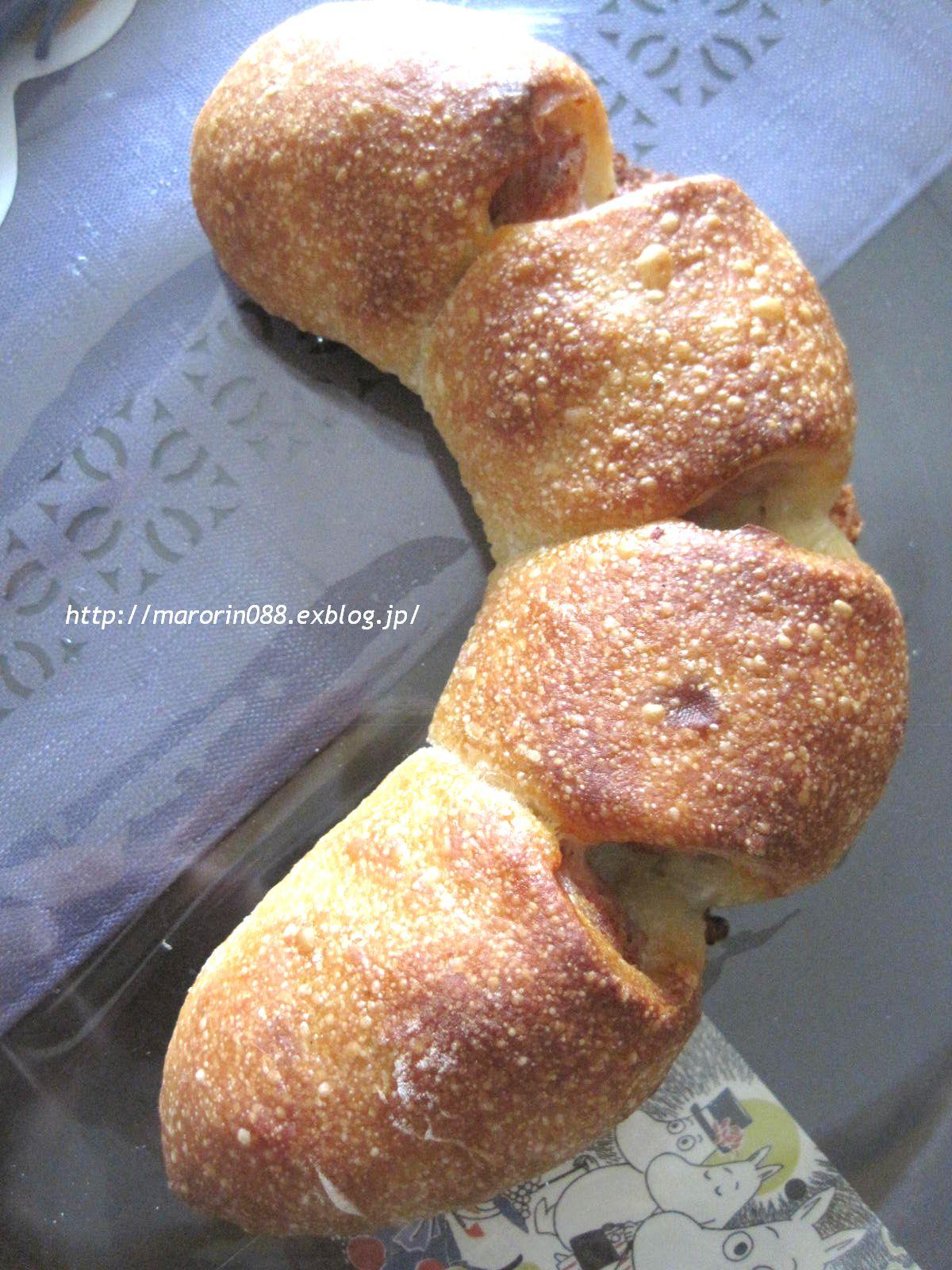 ~最近OPENの小さなパン屋。(パンペルテ)_b0203919_1253498.jpg