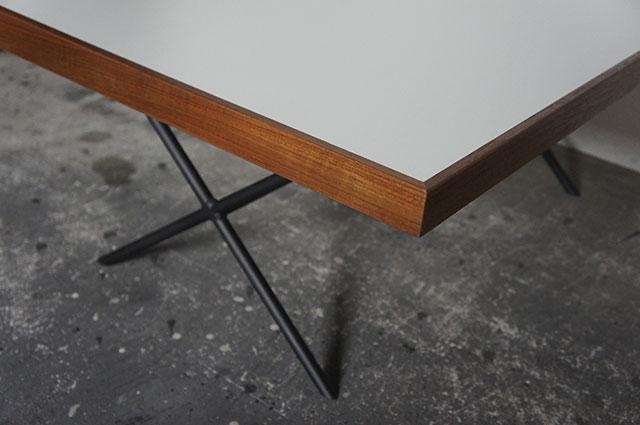 XLC Table_a0161631_1314514.jpg