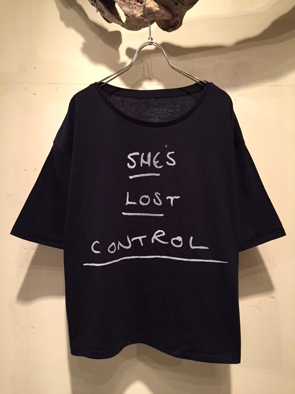 SHE\'S LOST CONTROL Tee_f0126931_1962330.jpg