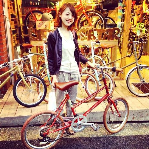 ☆今日のバイシクルガール10本立て☆ 自転車女子 おしゃれ 自転車ガール ミニベロ クロスバイク ロード _b0212032_20211846.jpg