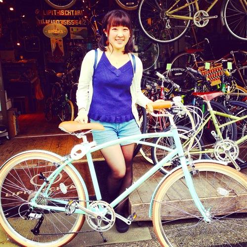 ☆今日のバイシクルガール10本立て☆ 自転車女子 おしゃれ 自転車ガール ミニベロ クロスバイク ロード _b0212032_2021825.jpg
