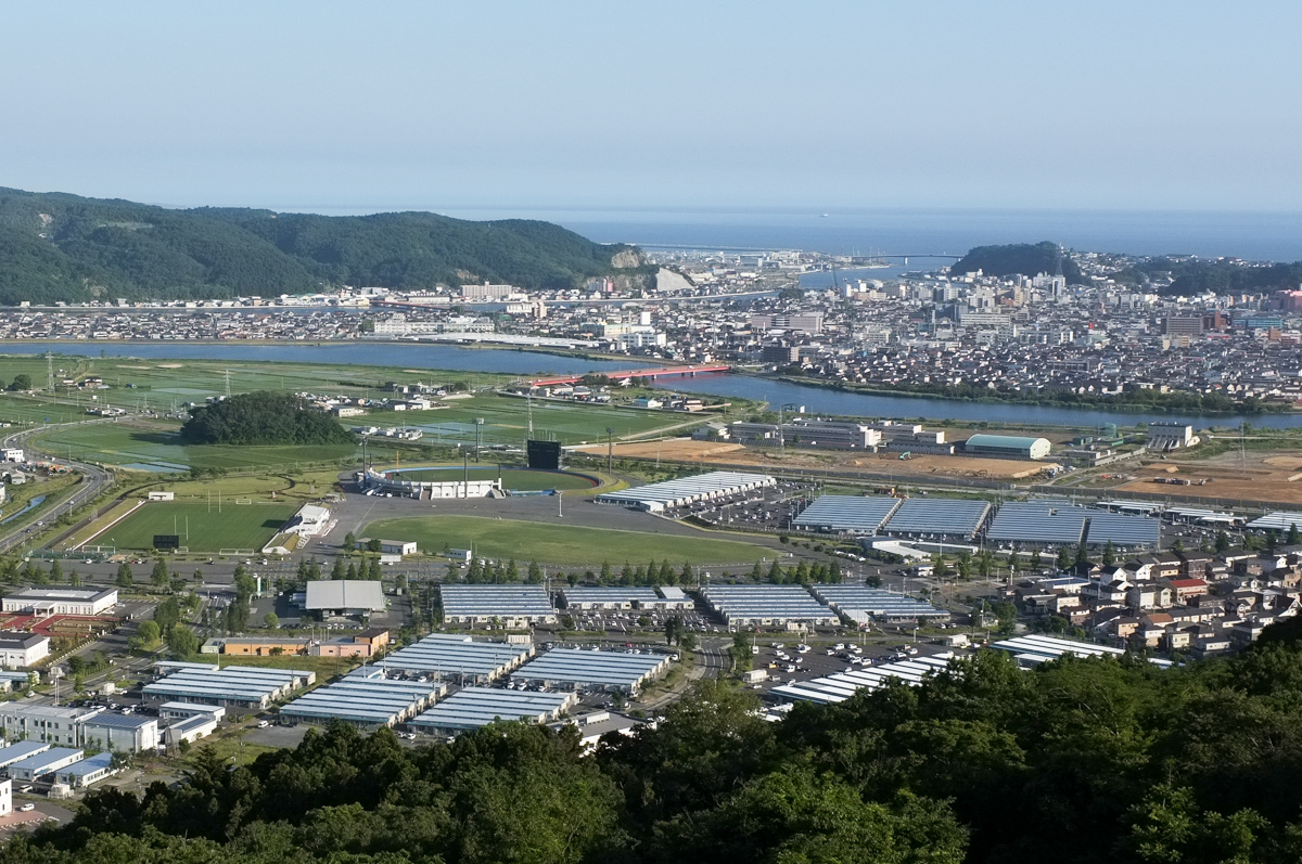 train-train 02 馬っこ山(トヤケ森山)_a0003650_223749.jpg