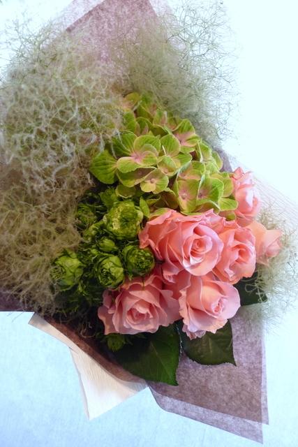 還暦のお祝い花束。_b0171193_18415704.jpg