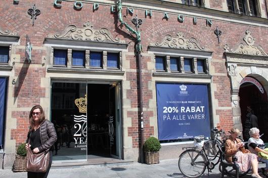 デンマークのコペンハーゲンの街歩き(^O^)/_a0213806_1301042.jpg