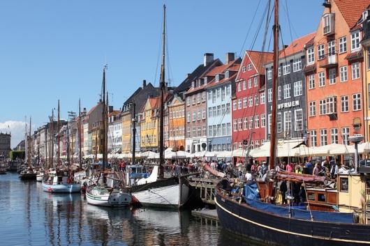 デンマークのコペンハーゲンの街歩き(^O^)/_a0213806_3381797.jpg