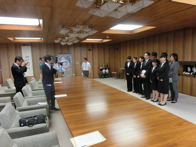 全日本アルティメット選手権に出場する市内の男女チームが副市長を表敬訪問_f0141310_7541778.jpg