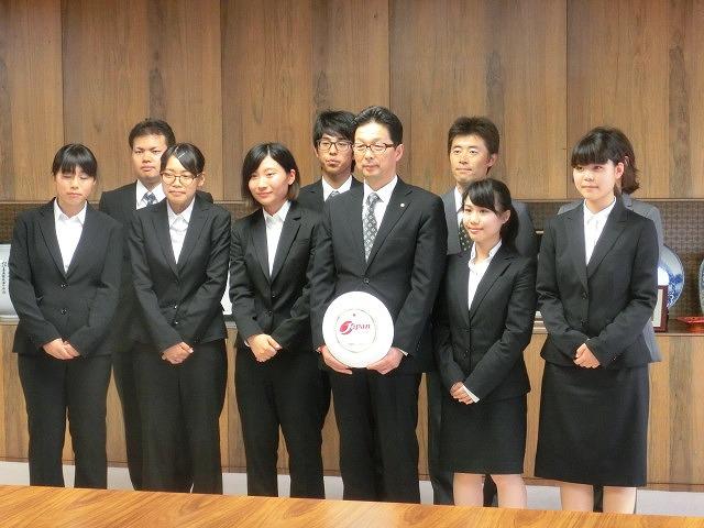 全日本アルティメット選手権に出場する市内の男女チームが副市長を表敬訪問_f0141310_756521.jpg