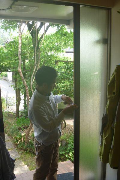 玄関ドア・窓のお取替え相談。_b0131012_2041589.jpg