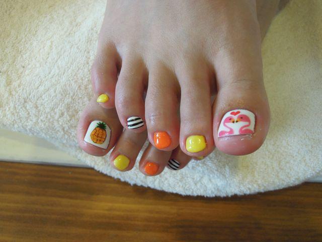 Summer Foot Nail_a0239065_15483959.jpg