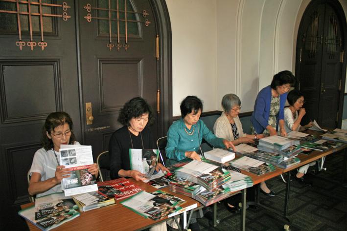 6・14石田・山本・諸田 ピアノトリオ・コンサートに500人_c0014967_1343248.jpg