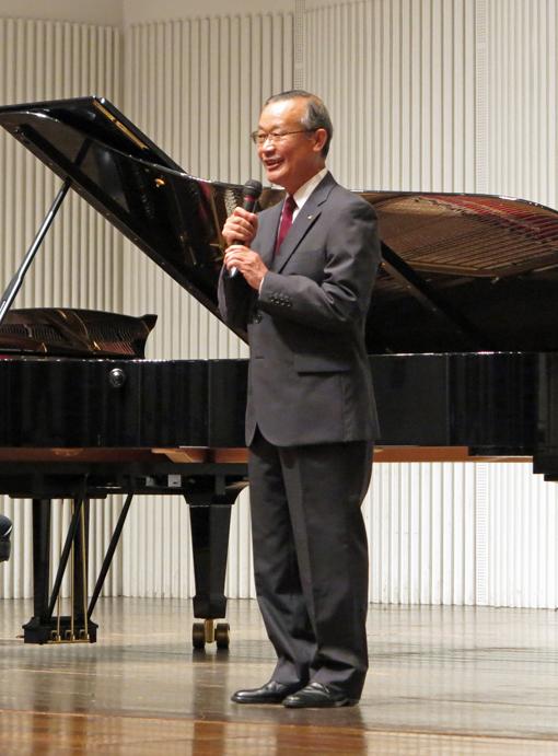 6・14石田・山本・諸田 ピアノトリオ・コンサートに500人_c0014967_1348976.jpg