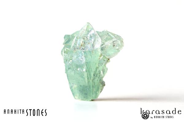 グリーンアポフィライト原石(インド産)_d0303974_20495956.jpg