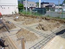 基礎工事開始(西区平和編)_a0076136_15545349.jpg