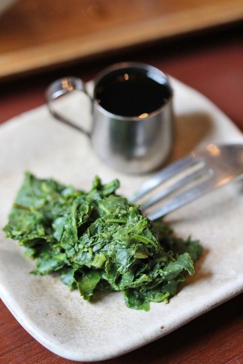 茶碗のなかの葉に_b0220318_14425275.jpg